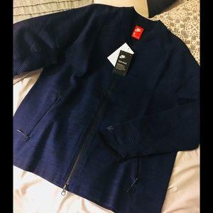 Nike Tech Pack Mens Jacket Full zip. NWT